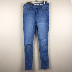 Hollister high rise skinny distressed jeans size 7